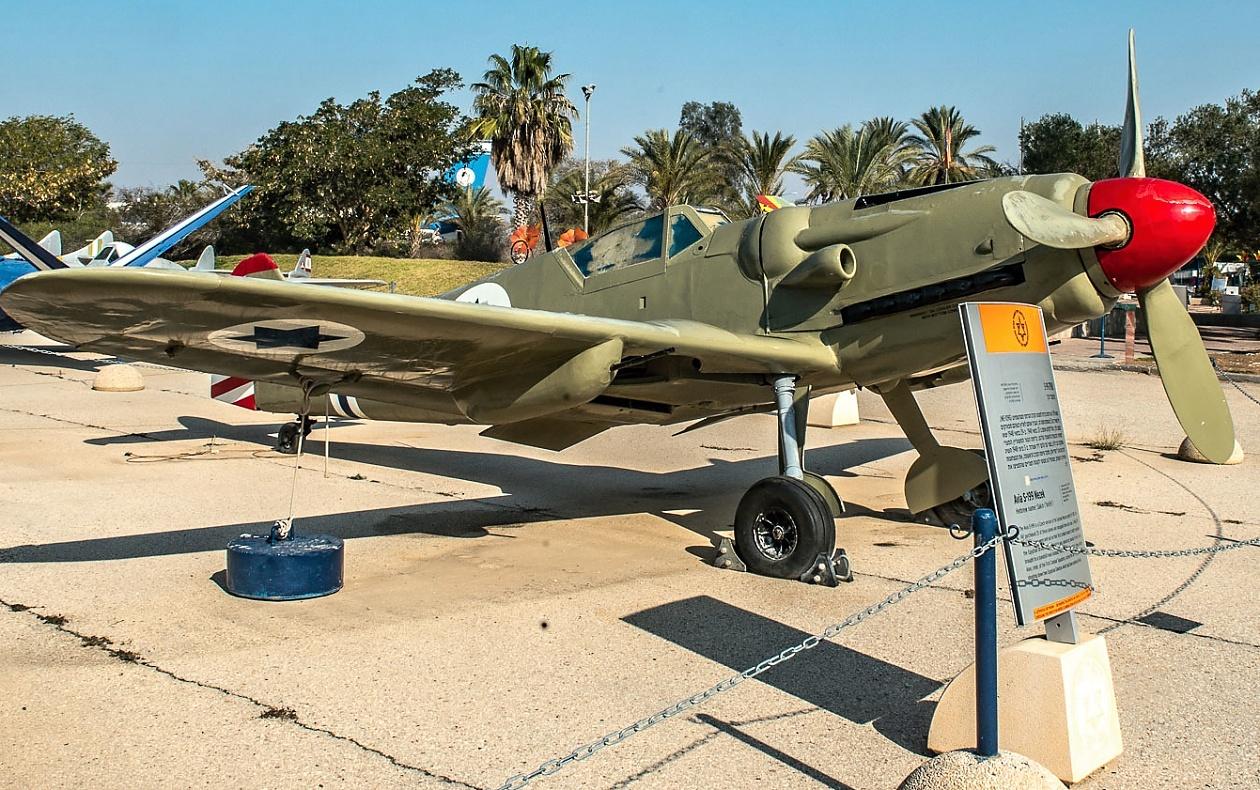 messerschmitt bf 109 avia s 199 airplanes on canvas cz