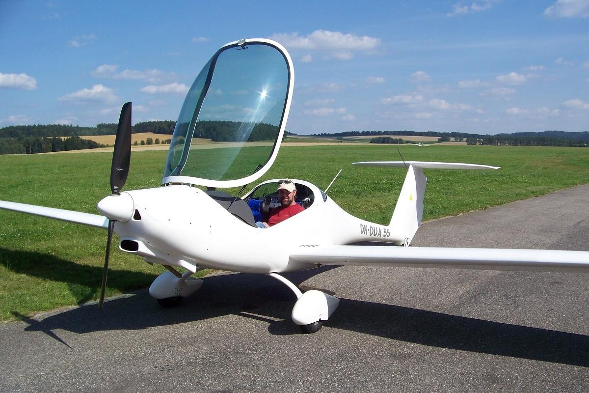 První český elektrický letoun se jmenuje Phoenix
